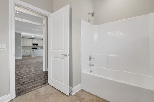 Rosewood Floor Plan 2040 Square Feet Bathroom 3 Shower