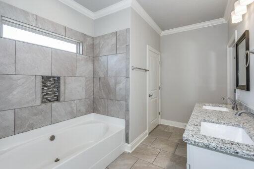 Ramsey Walker Tortuga Floor Plan-Owner Bathroom