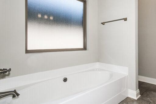 Ramsey Walker Medlin 2327 Floor Plan-Owner Tub